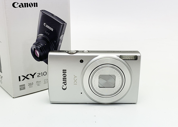 デシタルカメラ キャノン IXY 210 シルバー 揃い